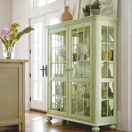 China Dishes Display In China Cabinet - www.tidyhouse.info