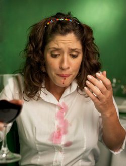 removing-wine-stains-easily