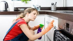 Cleaning Tips: How To Remove Grease From Kitchen Cabinets