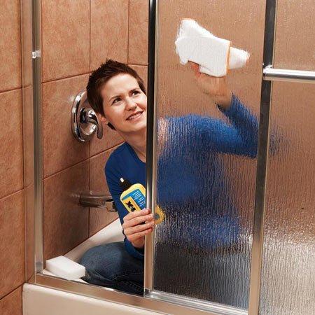 Cleaning-Bathtub