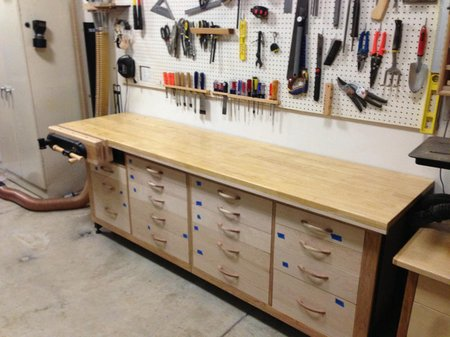 Make Your Own Garage Workbench