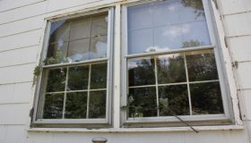 How to Repair Broken Home Windows?