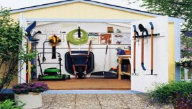 Cleaning and Storing Garden Tools